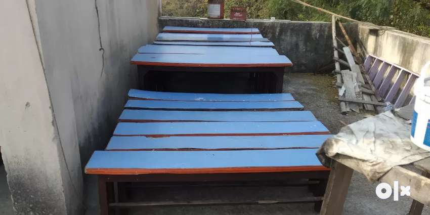 Benches in good condition