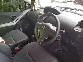 Jual mobil yaris tahun 2013 AT