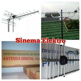 Tehnisi Pasang Sinyal Antena Tv