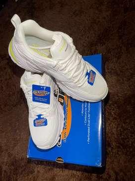 Skechers Stamina V2 White/lime EU 42
