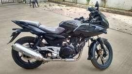 Bajaj Pulsar 220 in excellent condition