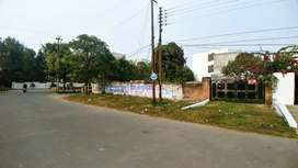 Corner plot available for sale in Ashiyana!