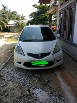 Dijual Honda jazz th 2010
