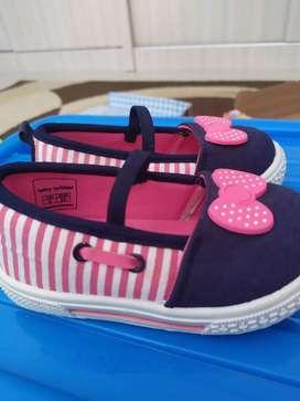 NEW sepatu anak cewek Bata size 23