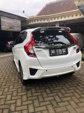 Honda all new jazz warna putih,kilometer rendah
