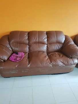 Sofa set 3 seater and single 2