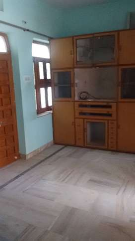 Prime Location Pal road 18 Properties (6000 To 10000) On Rent