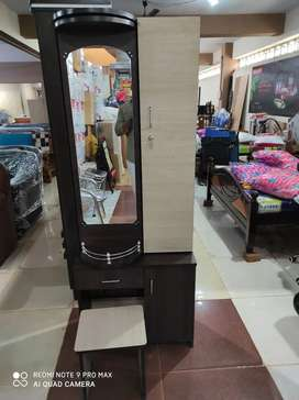 Brand new Rotating Dressing table for sale