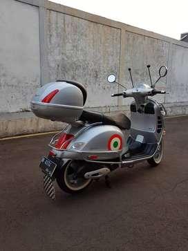Vespa Granturismo GT 200 L. Km 1600 Italy rare