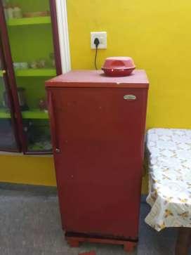 Kelvinator single door fridge for sale