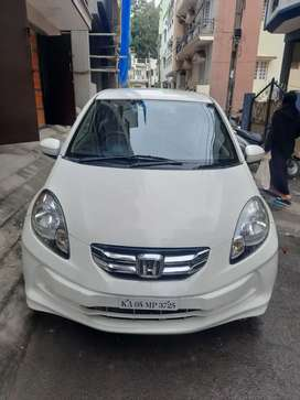Honda Amaze 2014 Diesel 40000 Km Driven. Very well maintained