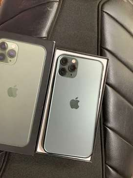 iPhone 11 pro(256GB) Midnight Green...4 Month old
