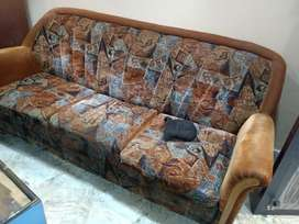 Sofa couch in extremely good condition