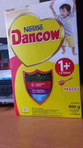 SUSU DANCOW 1 PLUS 800 GR