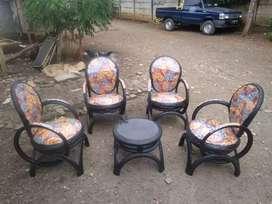kursi teras dari ban bekas bukan jati/plastik/drum/besi/bambu