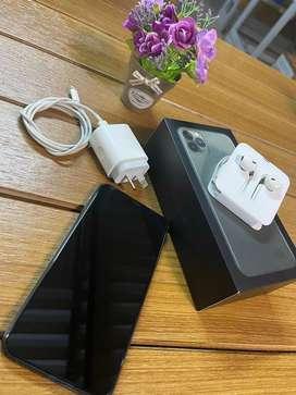 Iphone 11 Pro Max 256 GB Warna Midnight Green