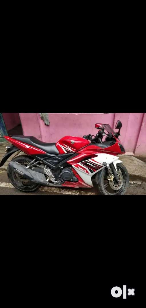 Yamaha R15 red colour it's very urgent sales 0