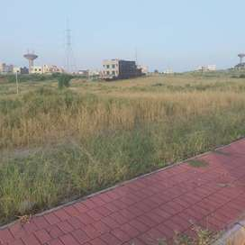 Bahria town phase 8 Block L size 8m  level plot ready to construct