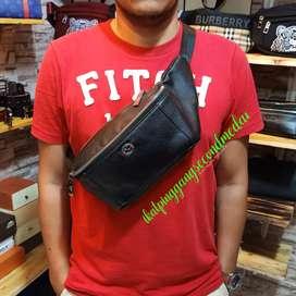 Waistbag Gucci GG leather