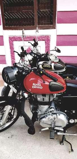 Royal enfield classic 350 reddish eddition