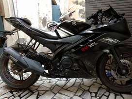 Wanna sell my Midnight black color R15
