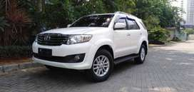 Toyota fortuner G Polos Diesel 2012 Automatic Putih