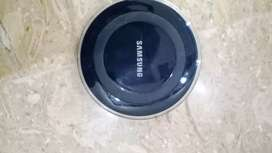 SAMSUNG GALAXY WIRELESS CHARGER.