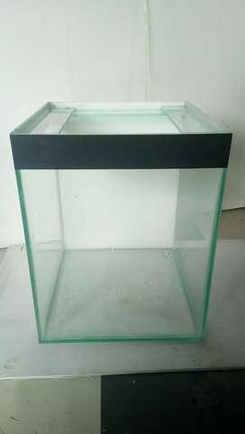 Aquarium ukuran 30x30x36