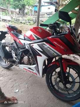Dijual motor cbr