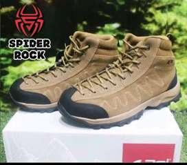 Sepatu hiking arei original