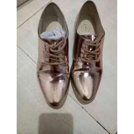 Sepatu santai wanita zld