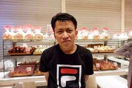 Sedang mencari pekerjaan di bidang bakery