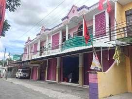 Rumah 71 kamar tidur Bonus Ruko dan Paviliun di Bantul