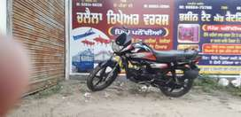 Hf deluxe z black with allow wheel .boht vadia condicion aa