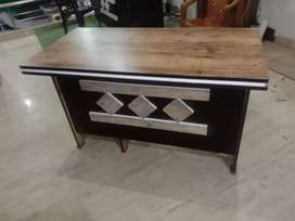 Brand New Fresh Office Table Size 4x2Fit