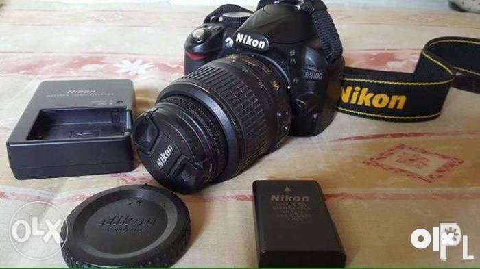 NikonD 3100  D80  camera with 70 - 300 zoom lens 18-55 lens 0