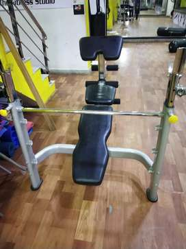 Adjustable bench aur chest press incline decline flat