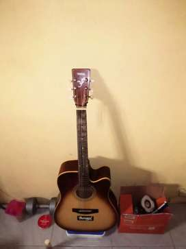 Gitar yamaha second