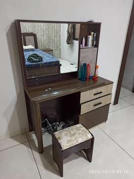 Dressing table unused top condition