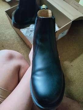 Dr Martens 1460 Black Smooth Size 43