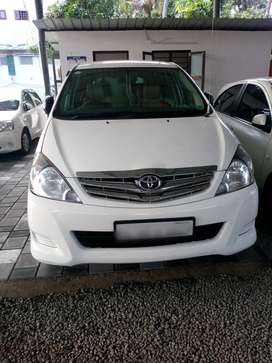 Toyota Innova 2.5 G4 8 STR, 2009, Diesel