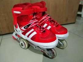 Sepatu roda ukuran 36-43