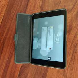 Ipad 2 mini 16 Gb wifi: Perfectly working condition & Without Scratch