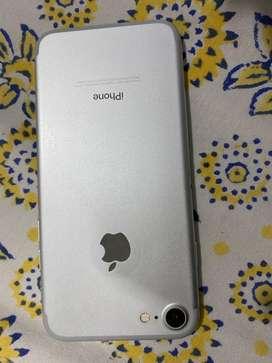 I phone 7 silver 128 GB