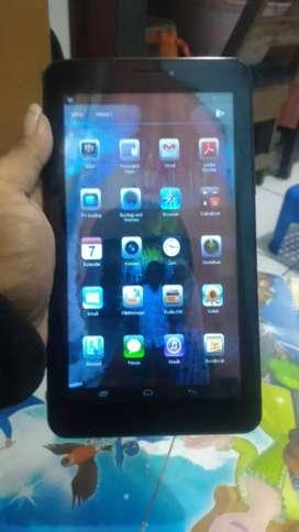 Tablet advan E1C+