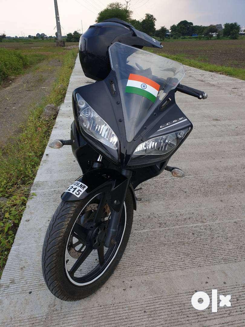 Yamaha R15 V1 0