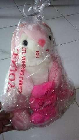 Boneka anak LOVE