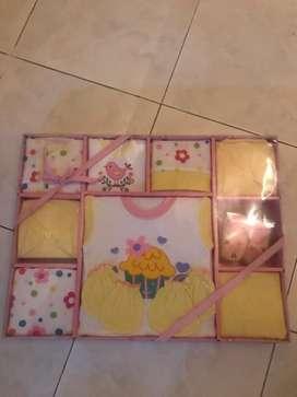 Set baju bayi baru