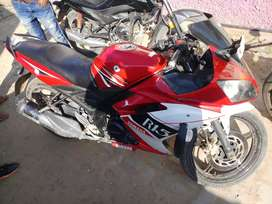 Yamaha R15 A one condition 1 st party bike
