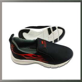 Comfortable Men's Casual Shoes & Jogger for Youngers